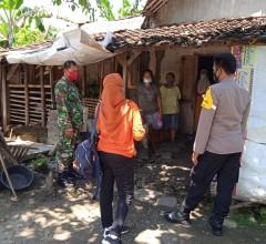 Babinsa Kodim Klaten Lakukan Tracing Bersama Team PPKM Mikro Wonosari